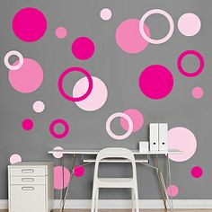 I like the polka dots... But not in pink. Might do something similar in my office but maybe in shades of lime.