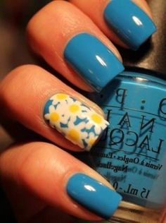 Flowers, blue nails. Love this color