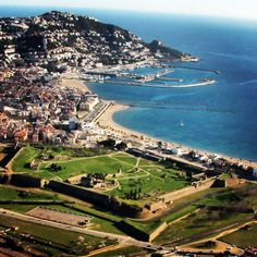 Pouvez-vous imaginer un meilleur scénaire pour vos vacances?#visitroses #aroses #incostabrava #costabrava #catalunyaexperience