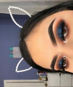 Makeup Eye Looks, Blue Eye Makeup, Eye Makeup Tips, Makeup For Brown Eyes, Makeup Inspo, Orange Makeup, Makeup Ideas, Blue Eyeshadow Looks, Makeup Products