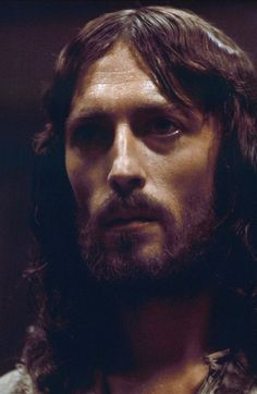 Still of Robert Powell in Jesus of Nazareth (1977)