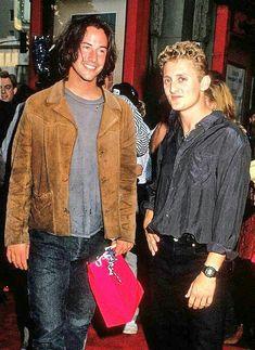 Keanu Reeves and Alex Winter The Lost Boys 1987, Beautiful Men, Beautiful People, Alex Winter, Keanu Reaves, Keanu Charles Reeves, Celebs, Celebrities, Movie Stars