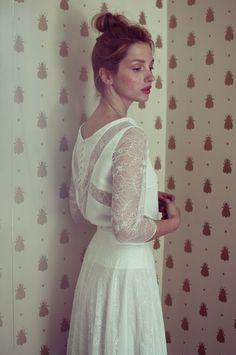 Le meilleur de la Bridal Fashion Week automne 2014: Elise Hameau http://www.vogue.fr/mariage/tendances/diaporama/le-meilleur-de-la-bridal-fashion-week-automne-2014/15890/image/875128#!les-plus-belles-robes-de-mariee-de-la-bridal-fashion-week-automne-hiver-2013-2014-elise-hameau