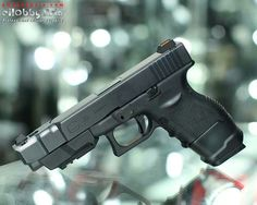 I don't like glocks. But I would own this