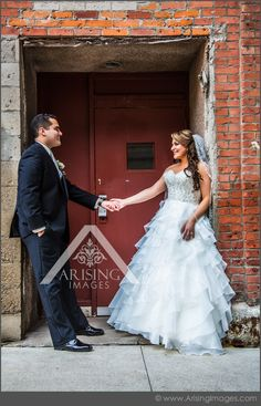 Cool urban wedding photos. #arisingimages #detroit #wedding #photography #cool #urban
