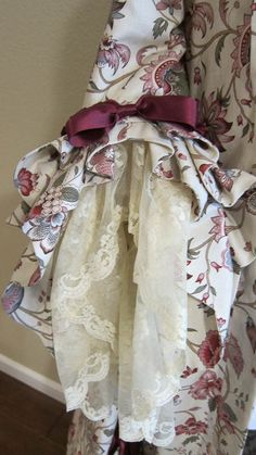Confused Kitty Creations - Notes on the JP Ryan Robe a la Francaise pattern 18th Century Dress, 18th Century Costume, 18th Century Clothing, 18th Century Fashion, Rococo Fashion, Victorian Fashion, Vintage Fashion, Historical Costume, Historical Clothing