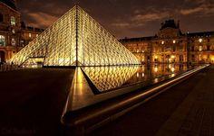 """Paris n'a pas volé son surnom de """"Ville Lumière"""", la preuve avec ces 50 photographies magnifiques"""
