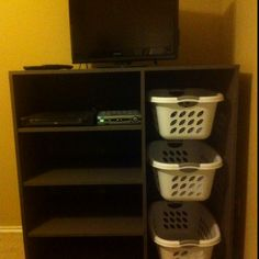 Laundry Organizer / TV stand