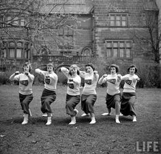 Boston University cheerleaders, 1950