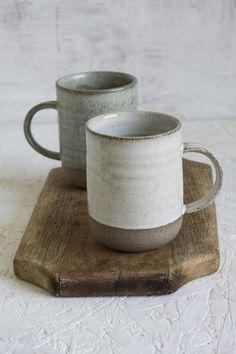Blue Coffee Mugs, Tea Mugs, Small Coffee Cups, Coffee Coffee, Blue Pottery, Ceramic Pottery, Ceramics Pottery Mugs, Pottery Art, Hygge