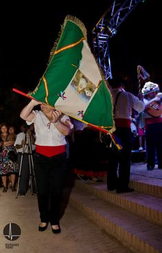 No faltó la tradición popular malagueña con la Panda de Verdiales de Teatinos.