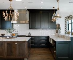 Kitchen decor, kitchen cabinets, kitchen organization, kitchen organizations and of course. The kitchen is the center of the home, so it's important to have a space you love! These pins are my favorite kitchens and kitchen ideas. Black Kitchen Cabinets, Green Cabinets, Black Kitchens, Home Kitchens, Kitchens With Dark Cabinets, Dream Kitchens, Kitchen Cabinets Color Combination, Kraftmaid Kitchen Cabinets, Stained Kitchen Cabinets
