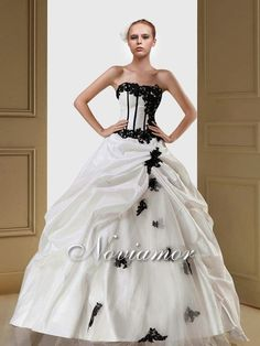 Luxurious Strapless 2014 Ball Gown Dress With Black Floral Lace Taffeta Tulle Skirt