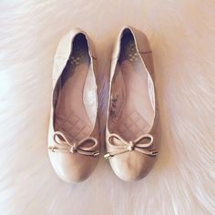 Nude Ballet Flats Nude ballet flats - a must have staple piece for any closet!! Never worn, in perfect condition! Vince Camuto Shoes Flats & Loafers