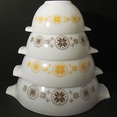 Vtg Pyrex TOWN & COUNTRY Cinderella Mixing Nesting Bowl 4 pc Set MINT ! UNUSED !