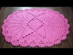 Crochet ideas that you'll love Crochet Dollies, Diy Crochet, Crochet Ideas, Crochet Table Mat, Oval Tablecloth, Baby Knitting Patterns, Crochet Designs, Floor Rugs, Doilies