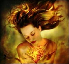 Femme coeur or