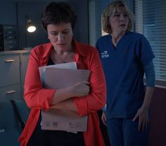 """oh god this scene hurts. """"GIVE HER BACK TO ME"""" it actually physically hurts me to hear Serena say that to Bernie. Holby City, Soaps, It Hurts, British, Scene, God, Female, Film, Celebrities"""