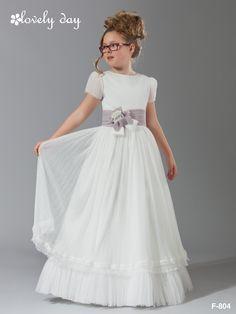 1comunion vestido realizado en tul suave plisado