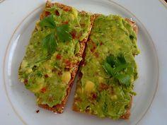 Lekkkkkkker Avocado. Made by Elisabetty Ploos van Amstel