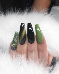 25 Most Needed Fall Acrylic Nails Coffin Invented For You If you ask me what will be the great mistake of this fall, leaving this nail art list as fall nail art if you have acrylic nails. Fall Nail Art Designs, Cute Nail Designs, Acrylic Nail Designs, Green Nail Designs, Coffin Nail Designs, Design Ideas, Coffin Nails Long, Stiletto Nails, Black Nails