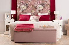 Spálňa zahalená romantikou    #spalna#kvety#ruzova#prehoz#truhlica Romantic, Spring Decorations, Stuff To Buy, Inspiration, Furniture, Home Decor, Winter, Chair Pads, Beautiful Homes