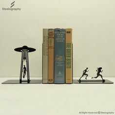 Dramatic UFO Bookend – Steelography