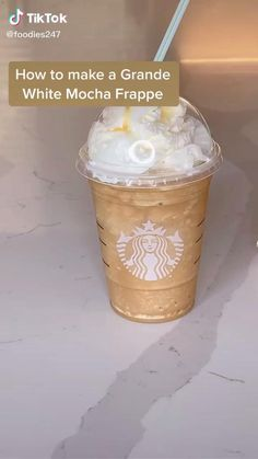 Bebidas Do Starbucks, Healthy Starbucks Drinks, Starbucks Frappuccino, Starbucks Frozen Drinks, Starbucks Drinks Coffee, Starbucks Hacks, Coffee Drink Recipes, Starbucks Secret Menu, Tasty Videos