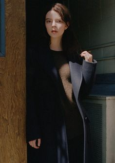 Anya Taylor-Joy, photographed by Mark Peckmezian for T magazine, June Anya Taylor Joy Split, Anya Joy, Normcore Fashion, Kawaii Girl, Sweet Girls, Celebs, Actresses, Lady, People