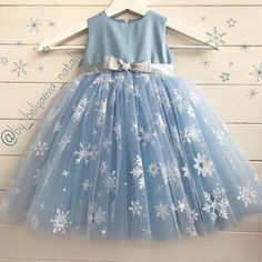 Frocks For Girls, Little Girl Dresses, Girls Dresses, Frock Patterns, Baby Girl Dress Patterns, Girls Frock Design, Baby Dress Design, Kids Dress Wear, Kids Gown