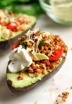 This recipe shows you how to make a keto friendly and vegetarian taco meat out of walnuts, then use it to create stuffed avocado boats. Keto Foods, Ketogenic Recipes, Low Carb Recipes, Diet Recipes, Ketogenic Supplements, Diet Desserts, Keto Meal, Keto Snacks, Vegan Keto