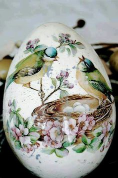 Egg Art. ~ ♡ THIS IS SO LOVELY!!! OH BOY,...NOW I'M GETTING EXCITED ABOUT EASTER!!! ♥A
