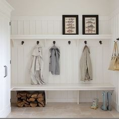 Mud Rooms. Why more Australian houses don't have them I'll never know. #mudroom #home #design #functional #idhaveoneinaheartbeat #nexthouse