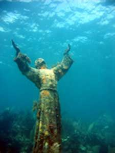 Maybe I can dive here when we take brother dearest to Florida?? :) Christ Of The Abyss I hope to dive here while in FL