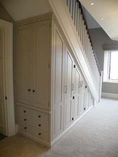 Home Stairs Design, Interior Stairs, Home Room Design, Home Interior Design, House Design, Under Stairs Nook, Closet Under Stairs, Under Stairs Cupboard, Staircase Storage