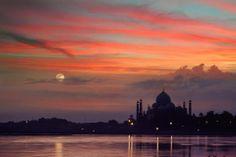 Incredible Taj Mahal @ Night, Agra