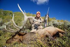 5 Big Game Hunting Tips Hunting Shows, Deer Hunting Tips, Big Game Hunting, Elk Hunting, Hunting Season, Savage Arms, Animal Movement, Water Sources, Mule Deer