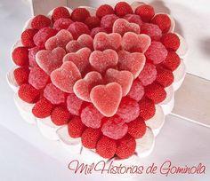 San Valentín. Tarta de Chuches en rojo