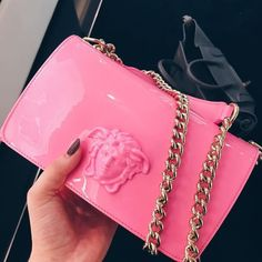 Welcome to Hnadbags . Here you will uncover luxury totes, enchanting handbags, funky Here you will see luxury bags, Here you will see luxury handbags designer, Here you will find luxury totes. Luxury Purses, Luxury Bags, Luxury Handbags, Fashion Handbags, Fashion Bags, Cute Handbags, Cheap Handbags, Purses And Handbags, Popular Handbags