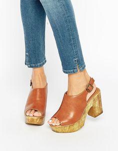 33f711c9e8f New Look Wooden Platform Sling Back Sandals