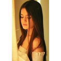 Beautiful Girl Facebook, Beautiful Girl Photo, Beautiful Girl Indian, Cute Girl Poses, Cute Girl Photo, Cute Girls, Pretty Girls, Teenage Girl Photography, Girl Photography Poses