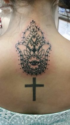 My Hand of Fatima/ Hamsa tattoo I got today at Agape. So in love with the detail.