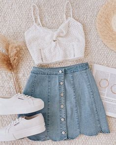 This outfit will have you looking sweet and sexy in a heartbeat 😊💖 Teenage Outfits, Cute Teen Outfits, Cute Comfy Outfits, Teen Fashion Outfits, Cute Summer Outfits, Retro Outfits, Cute Fashion, Outfits For Teens, Stylish Outfits