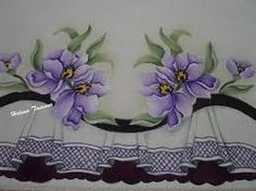 Resultado de imagem para falso barrado pintura em tecido Basic Painting, Lace Painting, Easy Paintings, Beautiful Paintings, Purple Pages, Elsa, Acrilic Paintings, Lace Patterns, Quilting Projects