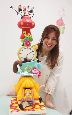 Alice un wonderland tower cake
