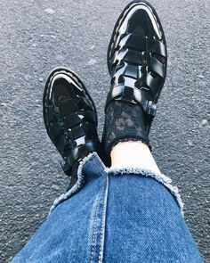 "132 Likes, 5 Comments - chasu dayo~🙈💕 (@chachachaaasu) on Instagram: ""さっそく履いてみた🖤 #new #drmartens #shoes #sandal #fashion #black"""