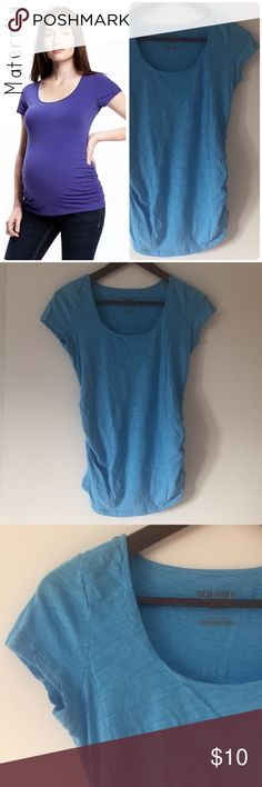 Old Navy Maternity scoop neck tee shirt sz XS Old Navy Maternity scoop neck tee shirt. Size: XS. Light blue. Length: 25 inches. Chest: 17 inches. Scoop neck. Tissue tee. Short sleeves. Shirred sides. Curved hem. Tag-free for added comfort. Great preowned condition. (Modeled pic via oldnavy.com, for style and fit purpose.) Old Navy Tops Tees - Short Sleeve