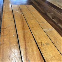 This is your DIY guide to patching hardwood floors. Tongue and groove flooring is designed to allow for replacement, but patching can be a fussy process. Hardwood Floor Repair, Reclaimed Hardwood Flooring, Hardwood Floors, Repair Floors, Carpet Glue, Chalet Interior, Home Reno, Patches, Sweet Home