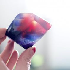 A guide on how to make pretty crystal soaps.