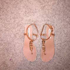 Steve Madden sandals Super cute and only worn a few times, very comfy on the feet Steve Madden Shoes Sandals